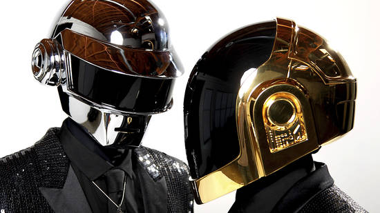 ARCHIV - Thomas Bangalter (l) und Guy-Manuel de Homem-Christo vom Elektro-Duo Daft Punk 2013 in Los Angeles. Foto: Matt Sayles/Invision/AP/dpa